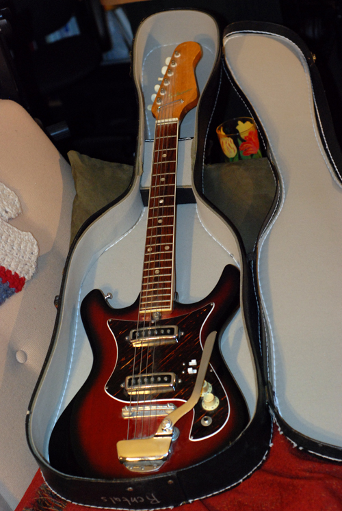 Small Scale Vintage Japanese Saturn Electric Guitar
